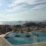 Φανταστική θέα,άψογο σέρβις,πολύ φιλικά τα παιδιά στο ξενοδοχείο ,θα το προτιμήσω ξανά!!!