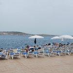 Dolmen beach