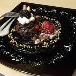温かいチョコレートケーキ