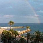 Vista del mar con el arco iris desde la Terraza-Chillout el Domingo 15 de Junio del 2014 de la G