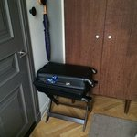 See what i mean about luggage having to block the closet or the bathroom door?   Nowhere else to