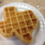 Self-made texas shaped waffle! So fluffy and delicious! You make it yourself with the waffle mak