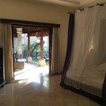 Deluxe Villa #10 - Bedroom