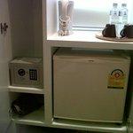 safe deposit, refrigerator