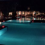 Mahaweli Reach Hotel - Pool side and view of the lounge bar
