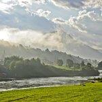 Utsikt over Gloppenlva- populær til laksefiske / Gloppen River