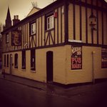 THE MERCHANTS INN