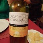 Ein leckerer Weißwein aus Nordspanien