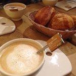 Cafe au lait, croissant and brioche