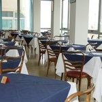 Grande sala pranzo con vista mare    Nuova  gestione!!!