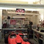 Garage misanscene