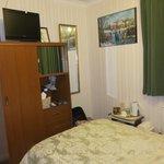Zimmeransicht - Blich vom Bett aus