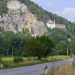 Il Santuario visto dalla strada