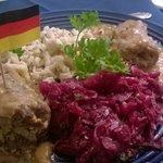 ReinsRouladen, Spaetzle, Cabbage