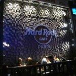 Hard Rock Cafe Paris interior