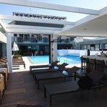 Deck bar e piscina