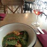 Green seafood pasta