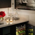 Couture Suite Wetbar