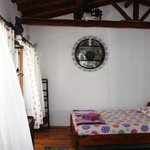 Çift kişilik odalarımızdan biri... - One of the our double rooms...