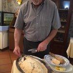 Loup sauvage en croûte de sel ! Excellente cuisson.