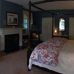 Monticello room