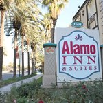 Welcome to the Alamo Inn!