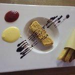 COTOLETTA, PATATINE FRITTE, KETCHUP E MAIONESE. [Dessert]