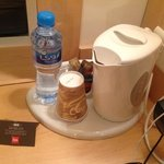 Free coffee&tea and water in the rooms