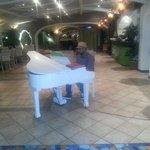 Piano bar oasis!