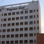 hotel tampak dari bencoolen link