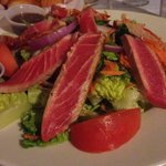 blackened tuna house salad
