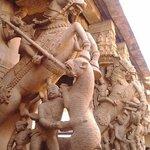 srirangam temple sculpture visual by MURALITHARAN