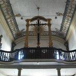 Coro da Igreja- O Crucifixo foi  exposto no Museu de Arte da Filadélfia (EUA)
