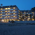 Hotel wieczorem
