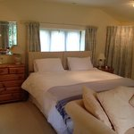 Music Room en suite Summer Lodge Devon