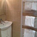 Music Room en suite shower room