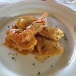 Prova menù nuziale - cuoricini di pesce con crema di scampi