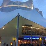 Vista frontal do Cirque du Soleil - Orlando.