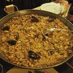 Paella di pesce - carne