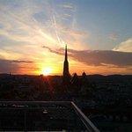Sonnenuntergang vom Balkon aus genossen