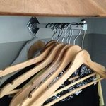 Crazy closet hanging rod