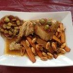 tajine de poulet et crèpe sarasin chorizo aubergine