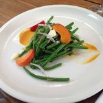 salade d'haricots verts,abricots...
