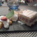 Sponge Cake Peaches Icecream