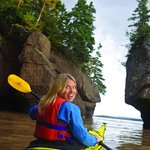 """Kayak The Rocks"" Adventure at Hopewell Rocks, NB"