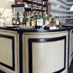 The Bar, Inside