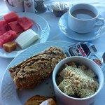 Pequeno almoço muito variado e de ótima qualidade!
