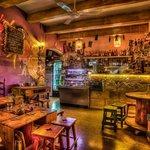Gugar Hangout & Bar의 사진