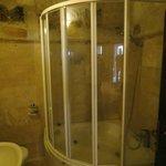 bagno con vasca d'angolo