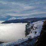 espectacular paisaje, por encima de las nubes